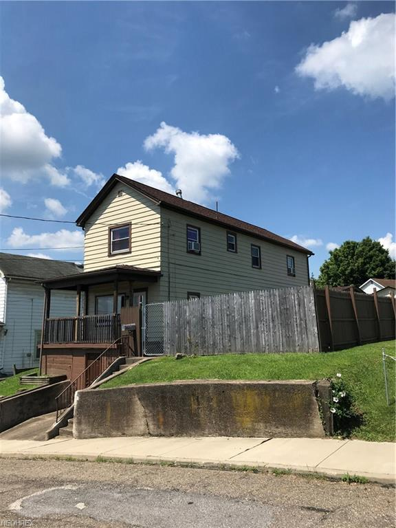 207 Grandview Ave, Mingo Junction, OH 43938 (MLS #4012970) :: The Crockett Team, Howard Hanna