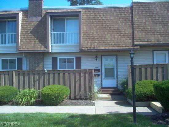 6470 State Rd K12, Parma, OH 44134 (MLS #4014916) :: The Crockett Team, Howard Hanna