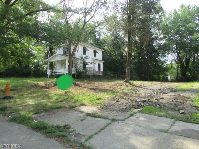251 Marmion Ave, Youngstown, OH 44507 (MLS #4021148) :: The Crockett Team, Howard Hanna
