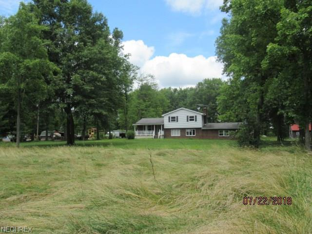 21754 N Benton West Rd, North Benton, OH 44449 (MLS #4027423) :: The Crockett Team, Howard Hanna