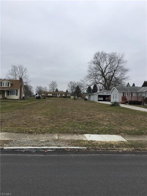 27 23rd St NW, Massillon, OH 44647 (MLS #4069286) :: RE/MAX Edge Realty