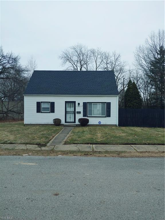 1079 Juneau Ave, Akron, OH 44320 (MLS #4074394) :: RE/MAX Edge Realty
