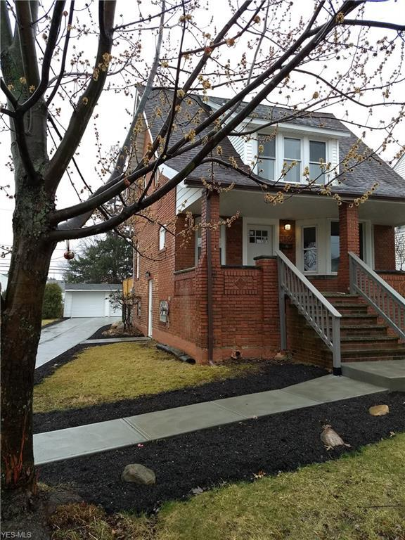 1599 Fruitland Ave, Mayfield Heights, OH 44124 (MLS #4080725) :: Ciano-Hendricks Realty Group