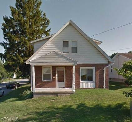 446 Brandon Avenue, Struthers, OH 44471 (MLS #4132815) :: The Crockett Team, Howard Hanna