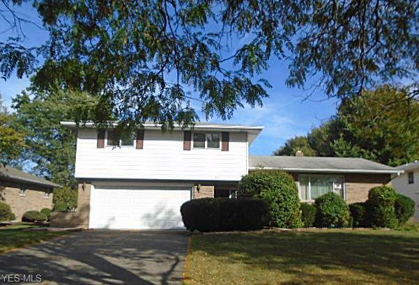 6511 Fairweather Drive, Middleburg Heights, OH 44130 (MLS #4140059) :: The Crockett Team, Howard Hanna