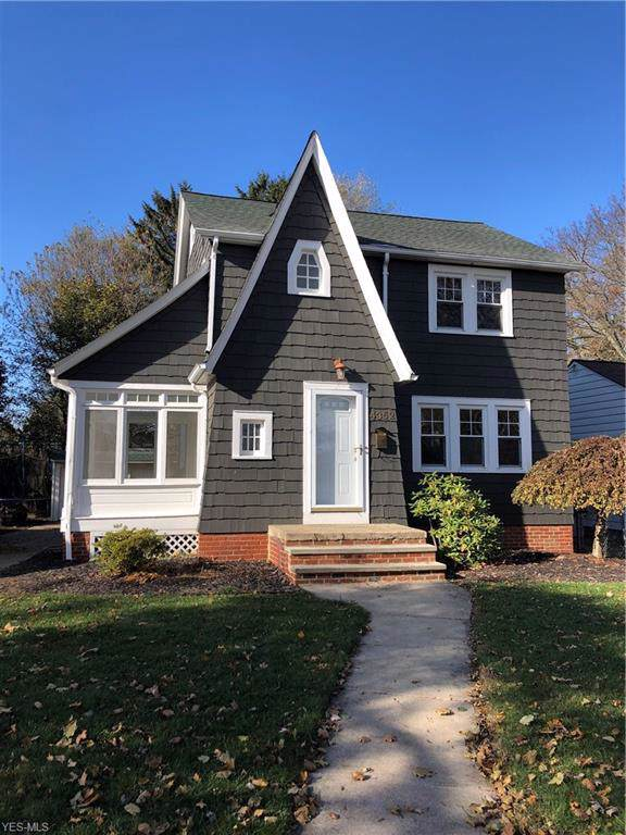 4352 W 211th Street, Fairview Park, OH 44126 (MLS #4150294) :: RE/MAX Edge Realty