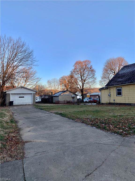 338 N 9th Street, Coshocton, OH 43812 (MLS #4156334) :: RE/MAX Trends Realty