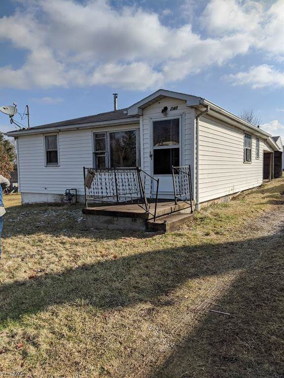 740 Lincoln Avenue NW, Carrollton, OH 44615 (MLS #4159971) :: RE/MAX Trends Realty