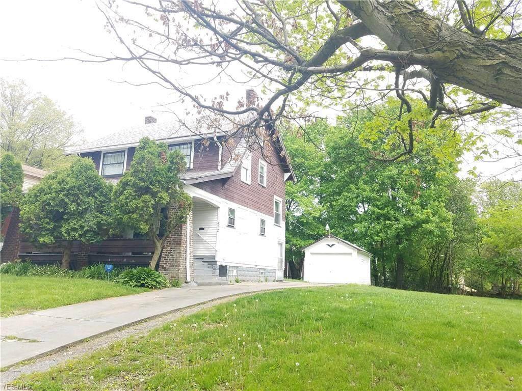 452 Princeton Avenue - Photo 1
