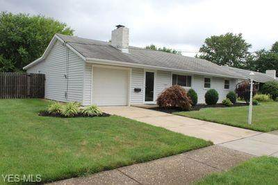 60 Meadow Drive, Berea, OH 44017 (MLS #4211868) :: The Art of Real Estate