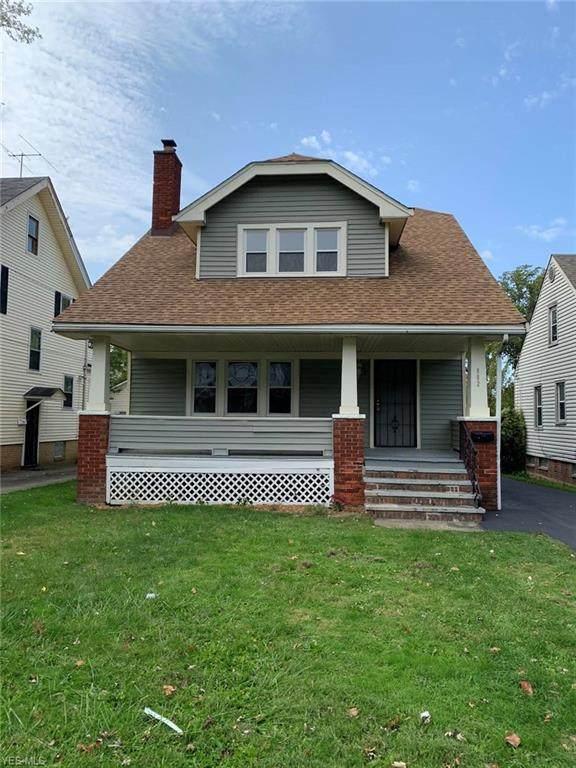 992 Greyton Road, Cleveland Heights, OH 44112 (MLS #4228164) :: Keller Williams Chervenic Realty