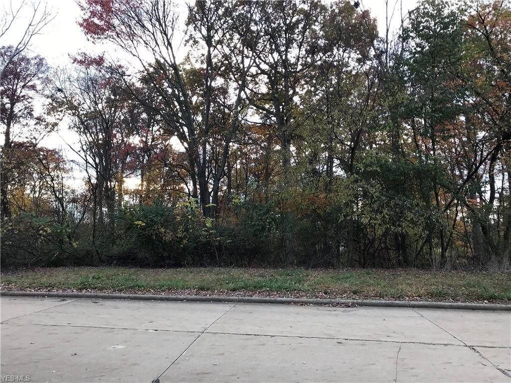 Woodmere Drive - Photo 1