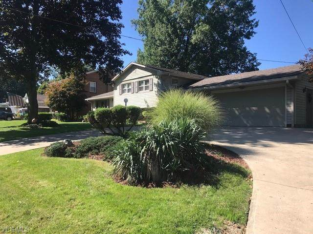 206 S Navarre Avenue, Austintown, OH 44515 (MLS #4233973) :: The Holly Ritchie Team