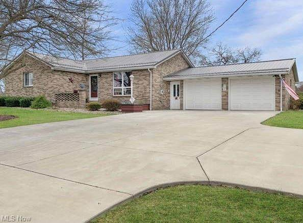 1155 Lincoln Avenue NW, Carrollton, OH 44615 (MLS #4265792) :: Select Properties Realty