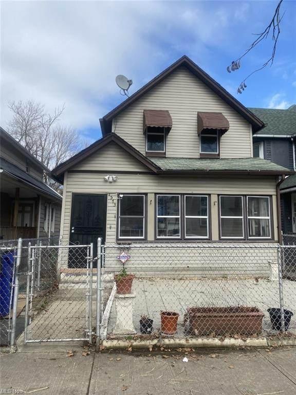 1573 E 47th Street, Cleveland, OH 44103 (MLS #4266380) :: Tammy Grogan and Associates at Keller Williams Chervenic Realty