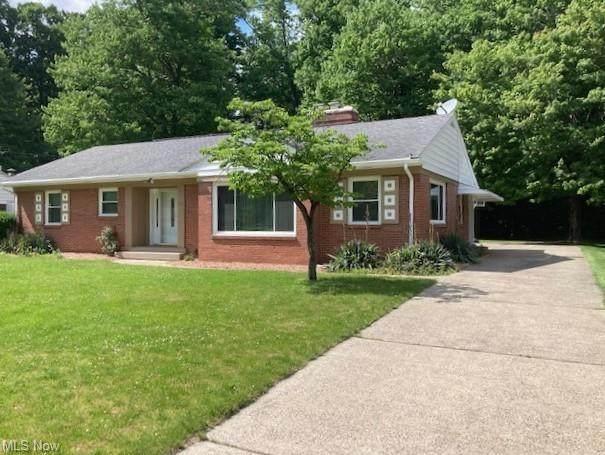 60 Lake Shore Drive, Boardman, OH 44511 (MLS #4287135) :: TG Real Estate