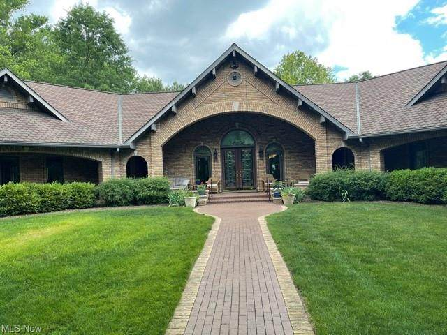 48080 National Road, St. Clairsville, OH 43950 (MLS #4289361) :: Tammy Grogan and Associates at Keller Williams Chervenic Realty