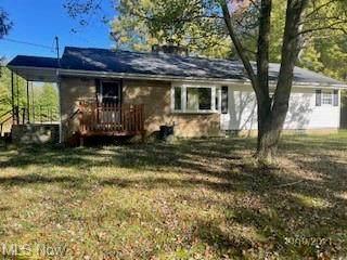 16462 Mahoning Avenue, Lake Milton, OH 44429 (MLS #4302204) :: RE/MAX Edge Realty