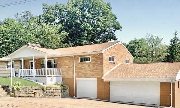 176 Linmar Avenue, Wintersville, OH 43953 (MLS #4302529) :: Keller Williams Chervenic Realty