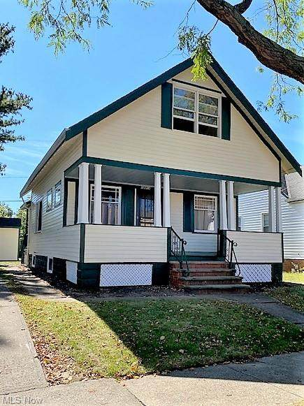 18914 Kewanee Avenue, Cleveland, OH 44119 (MLS #4304691) :: The Holden Agency