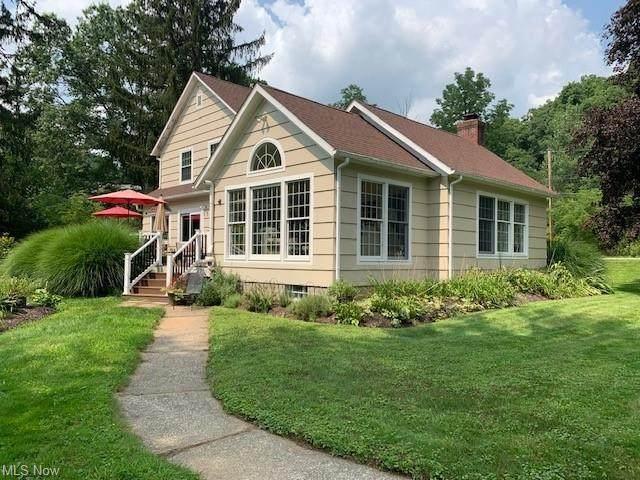 3332 Yellow Creek Road, Bath, OH 44333 (MLS #4313219) :: TG Real Estate