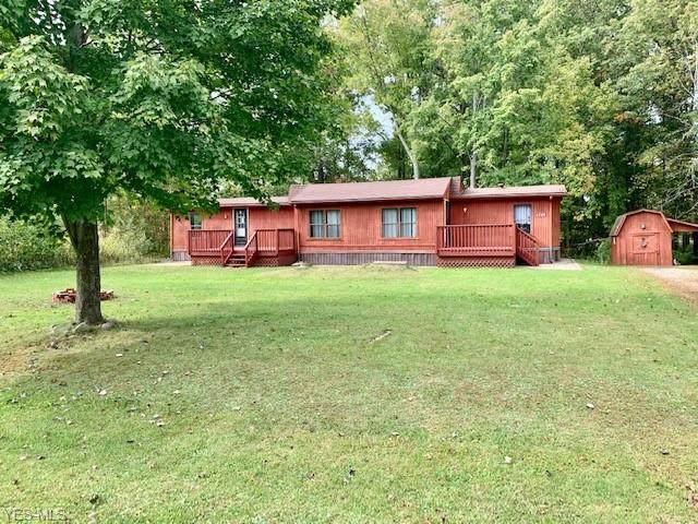 4749 Parkview Road, West Farmington, OH 44491 (MLS #4227453) :: Keller Williams Chervenic Realty
