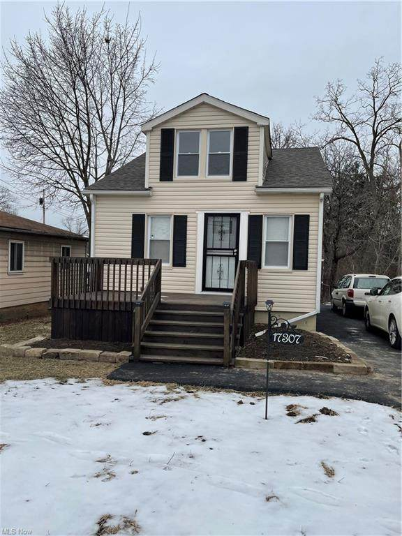 17307 Tarkington Avenue, Cleveland, OH 44128 (MLS #4251315) :: The Art of Real Estate