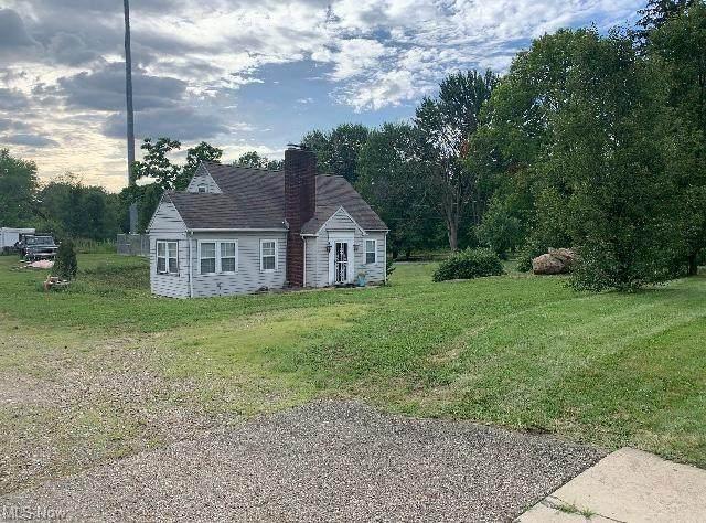 1564 Niles Cortland Road SW, Warren, OH 44484 (MLS #4327185) :: RE/MAX Trends Realty