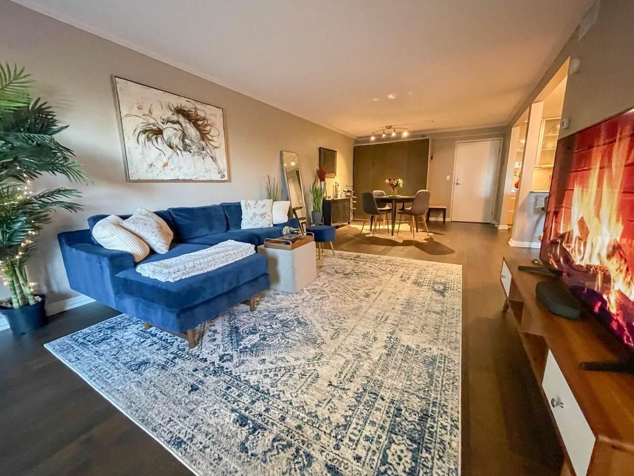 52 Groveland Terrace - Photo 1