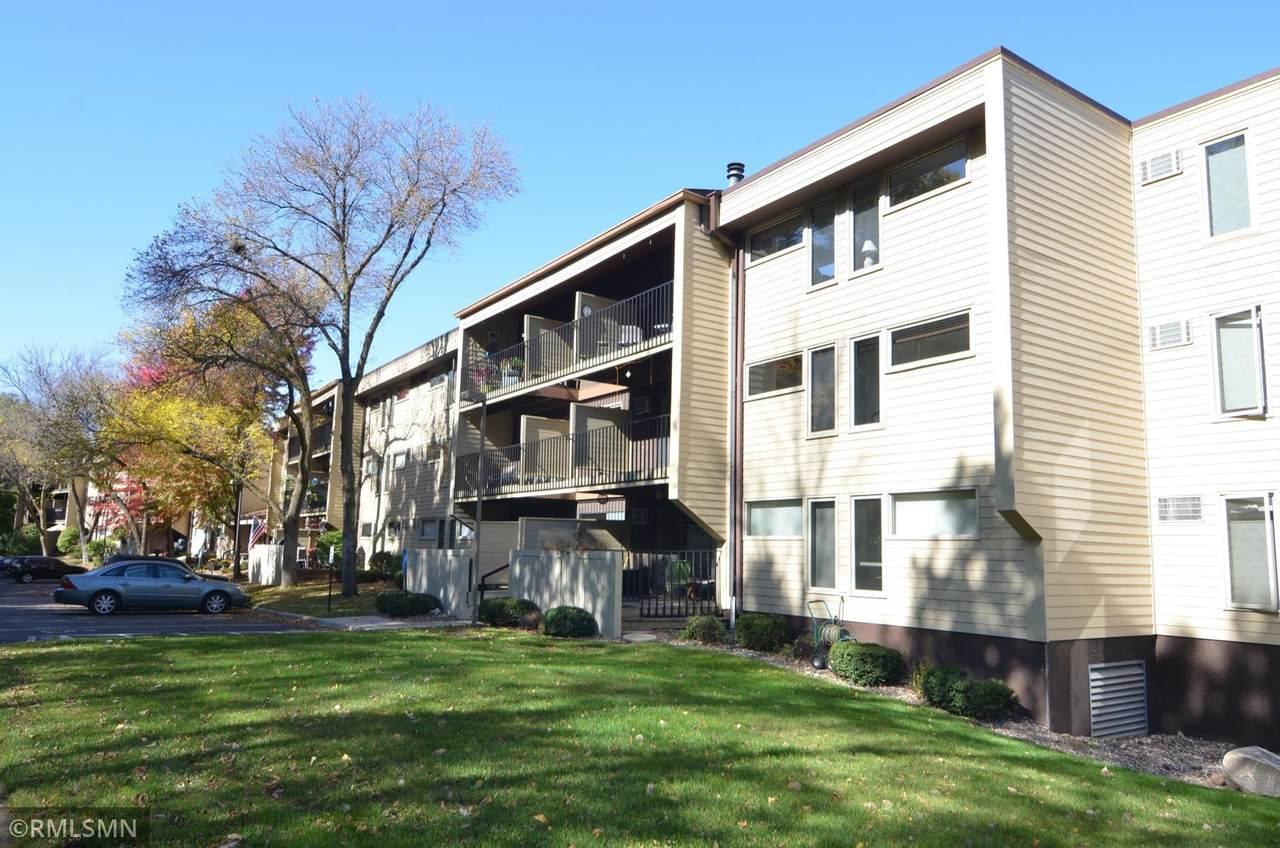 12600 Parkwood Drive - Photo 1