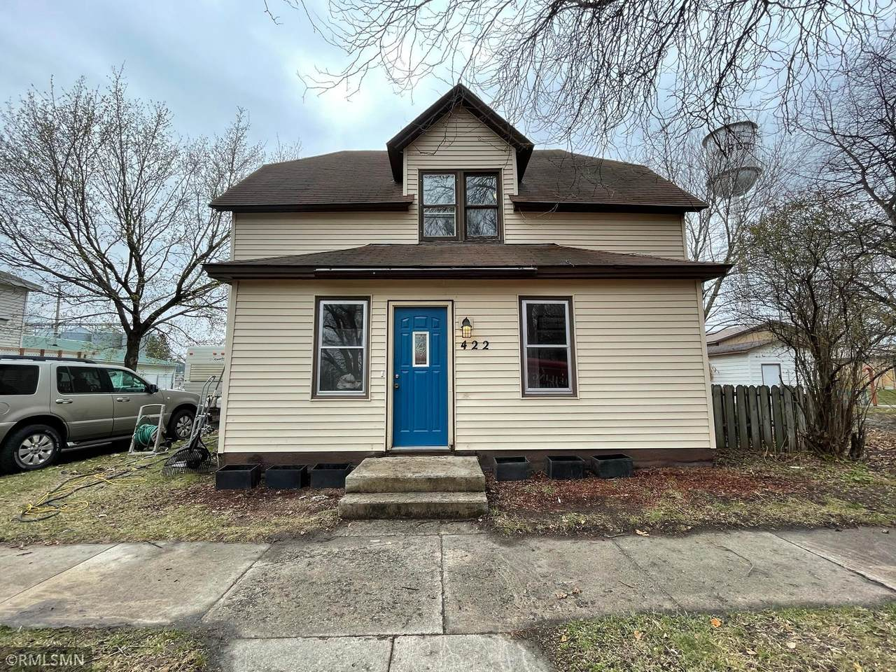 422 Clara Avenue - Photo 1