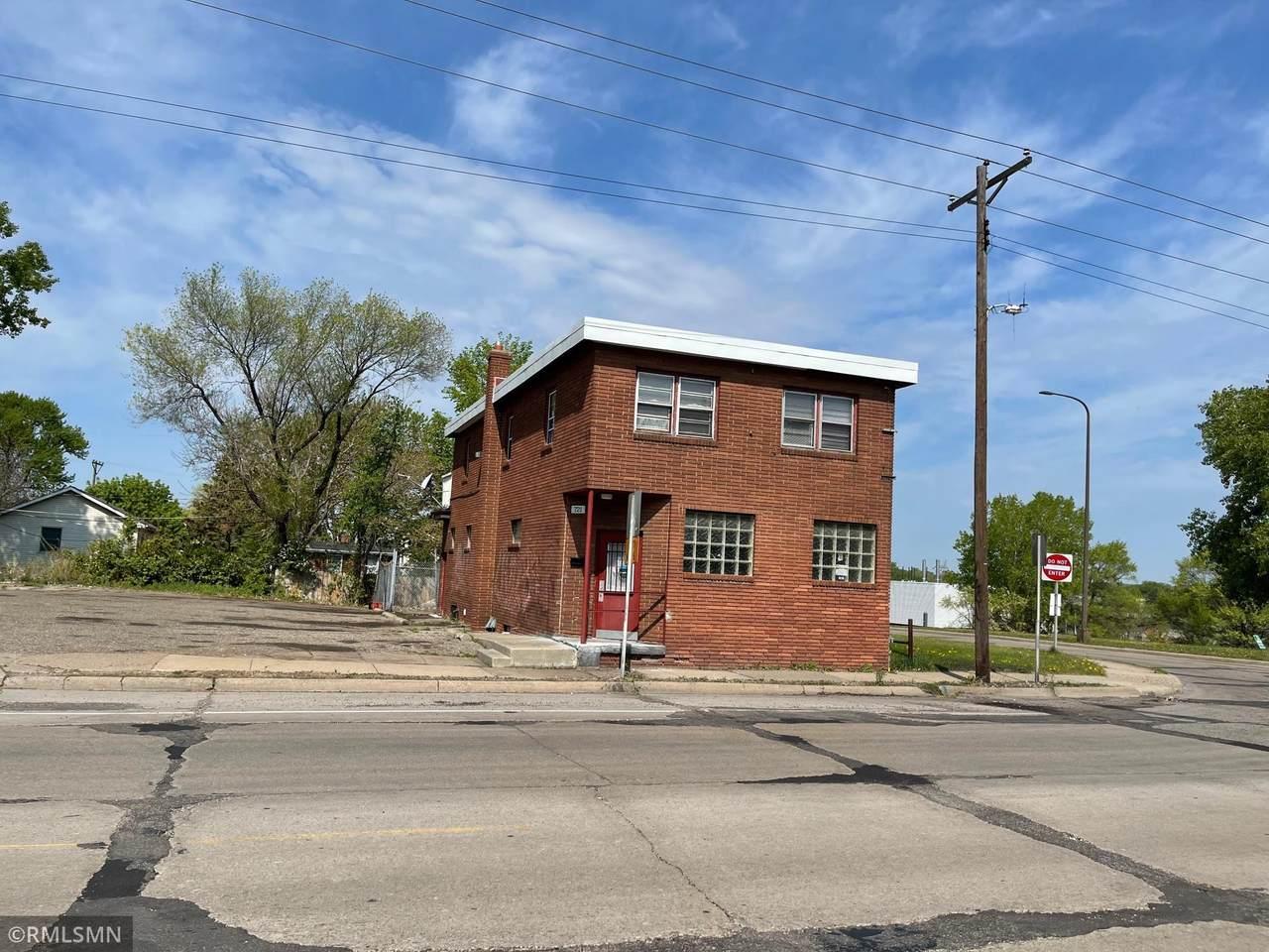 721 Jackson Street - Photo 1