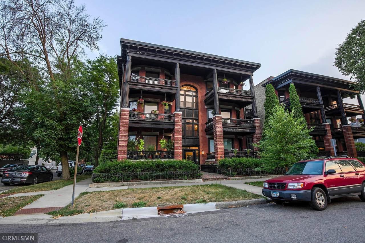 682 Holly Avenue - Photo 1