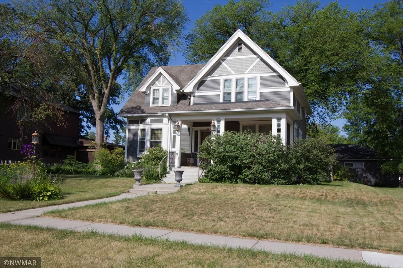 721 Labree Avenue - Photo 1