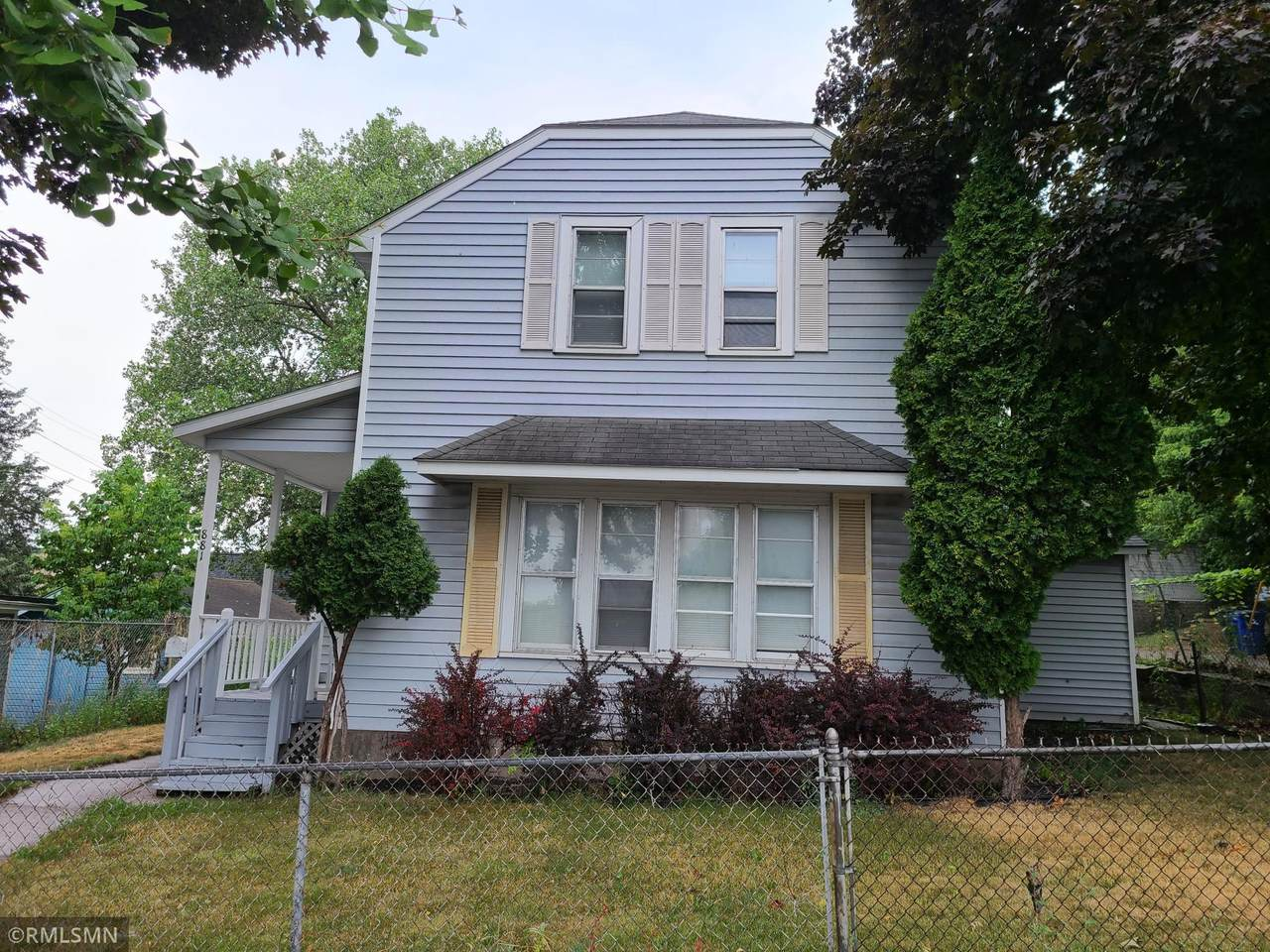 881 Forest Street - Photo 1