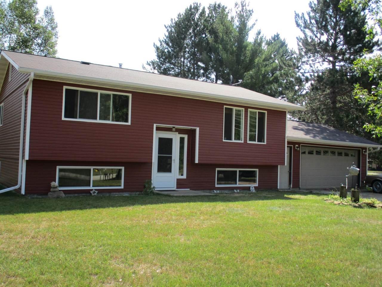 502 La Prairie Ave - Photo 1