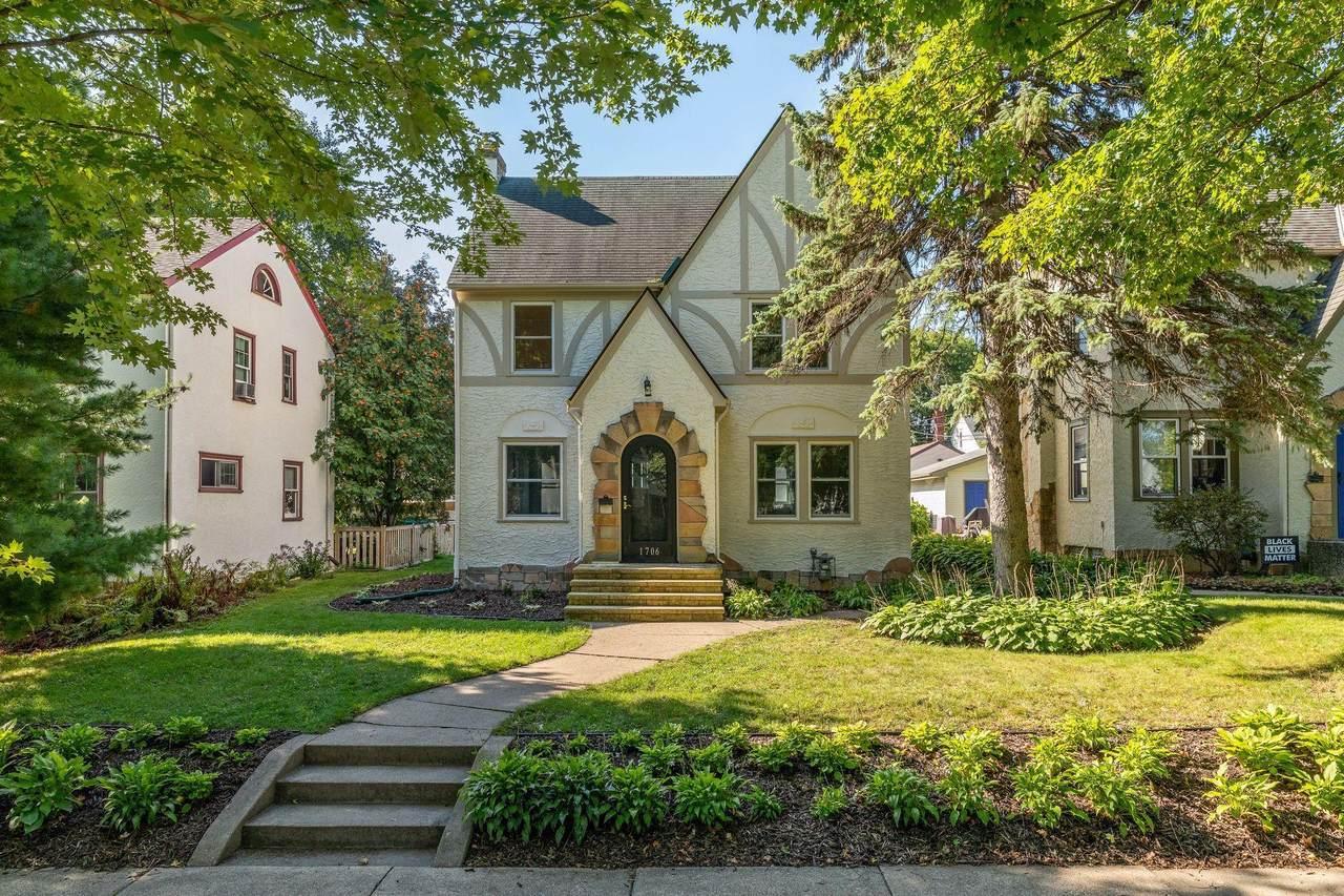 1706 Bayard Avenue - Photo 1
