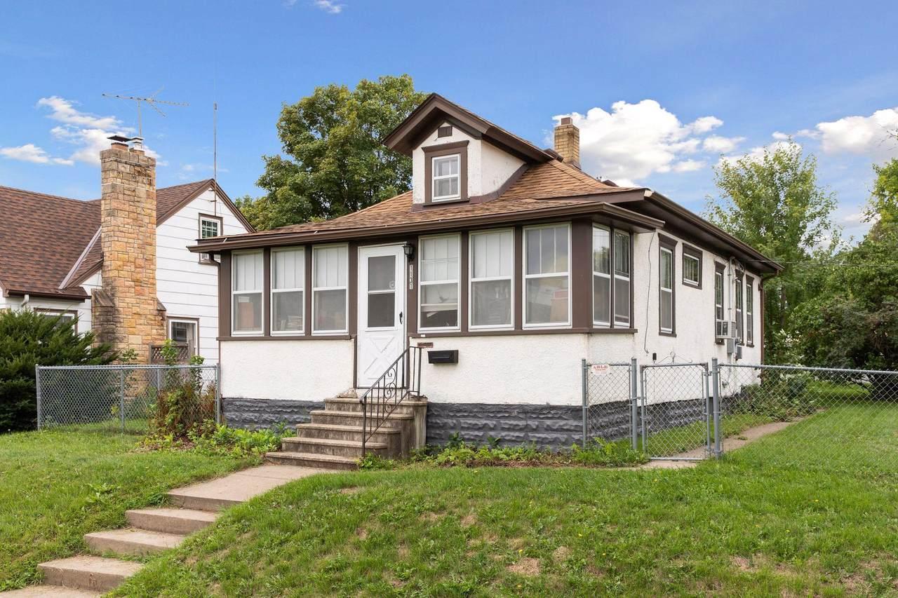 1131 Burnquist Street - Photo 1