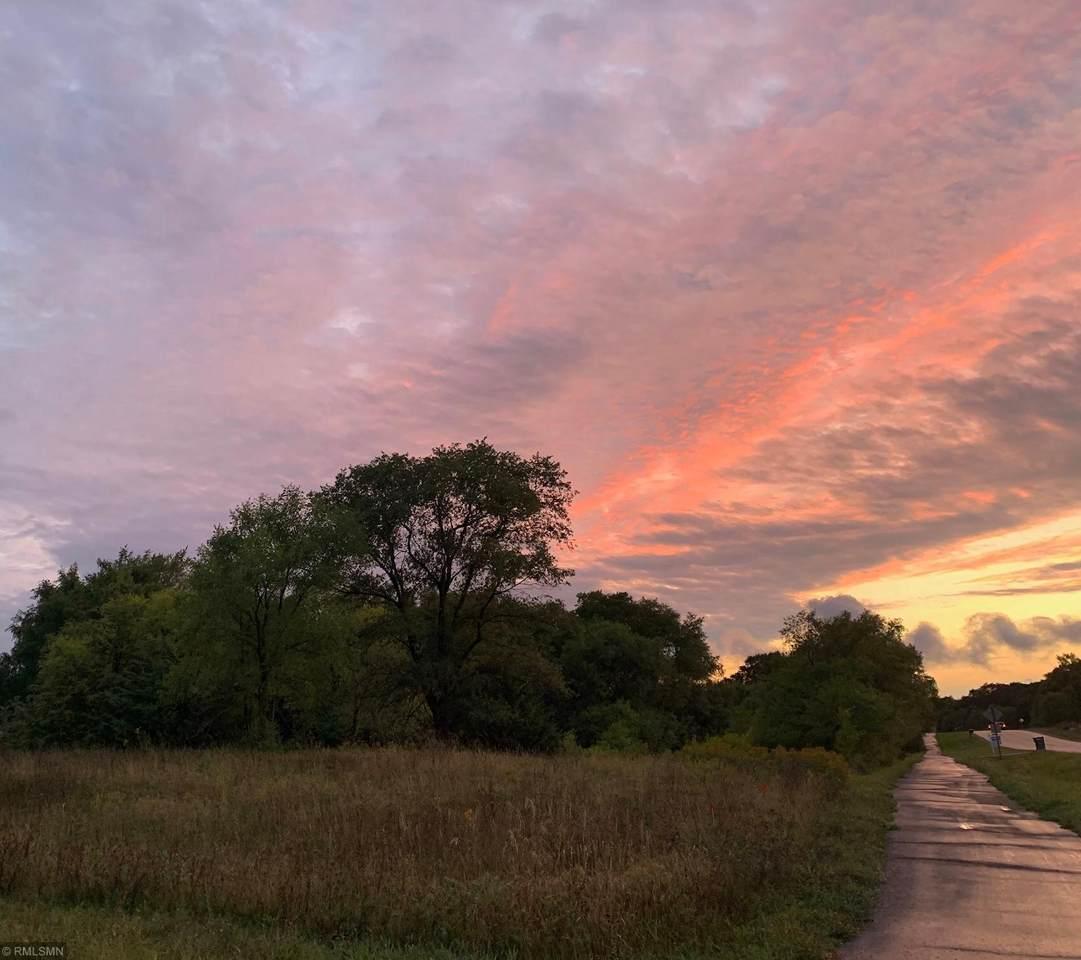 860 Chebek Lane - Photo 1