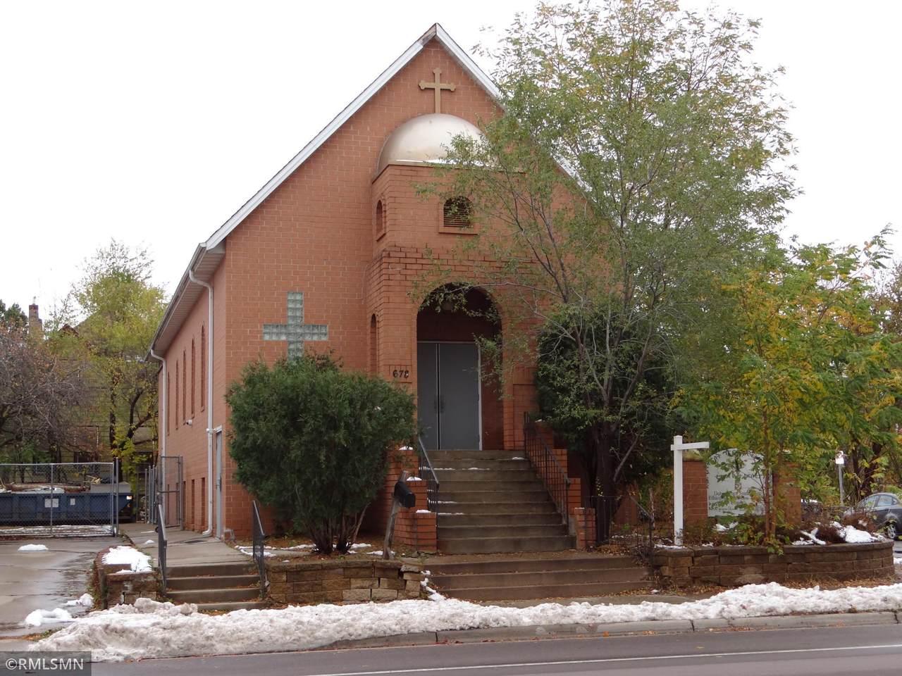 670-678 Robert Street - Photo 1