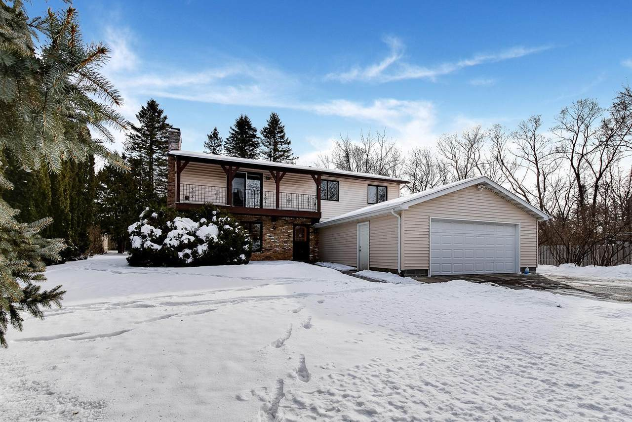 13703 Excelsior Boulevard - Photo 1