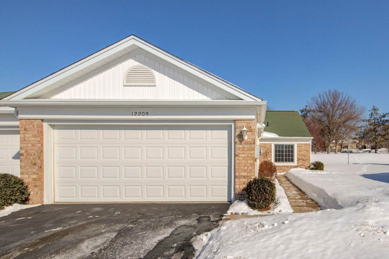 12209 Killdeer Street - Photo 1