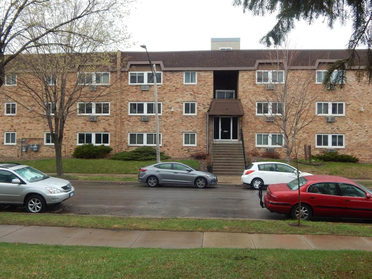 2616 Harriet Avenue - Photo 1