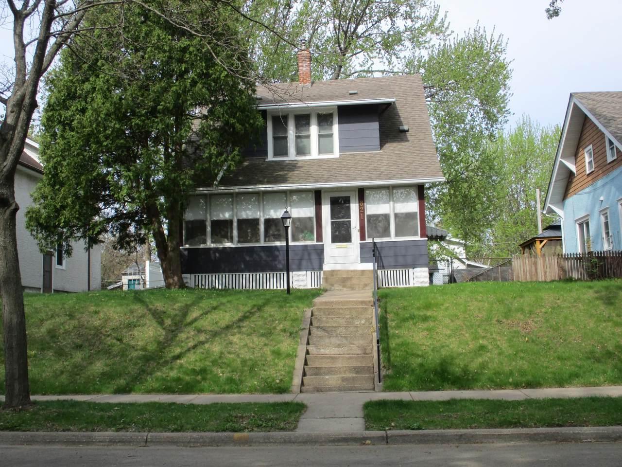 821 Ohio Street - Photo 1
