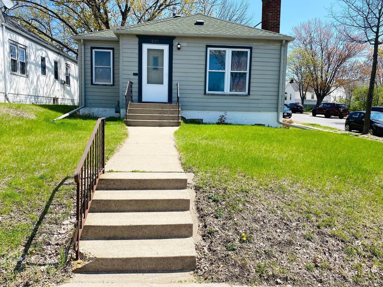4255 Cedar Avenue - Photo 1
