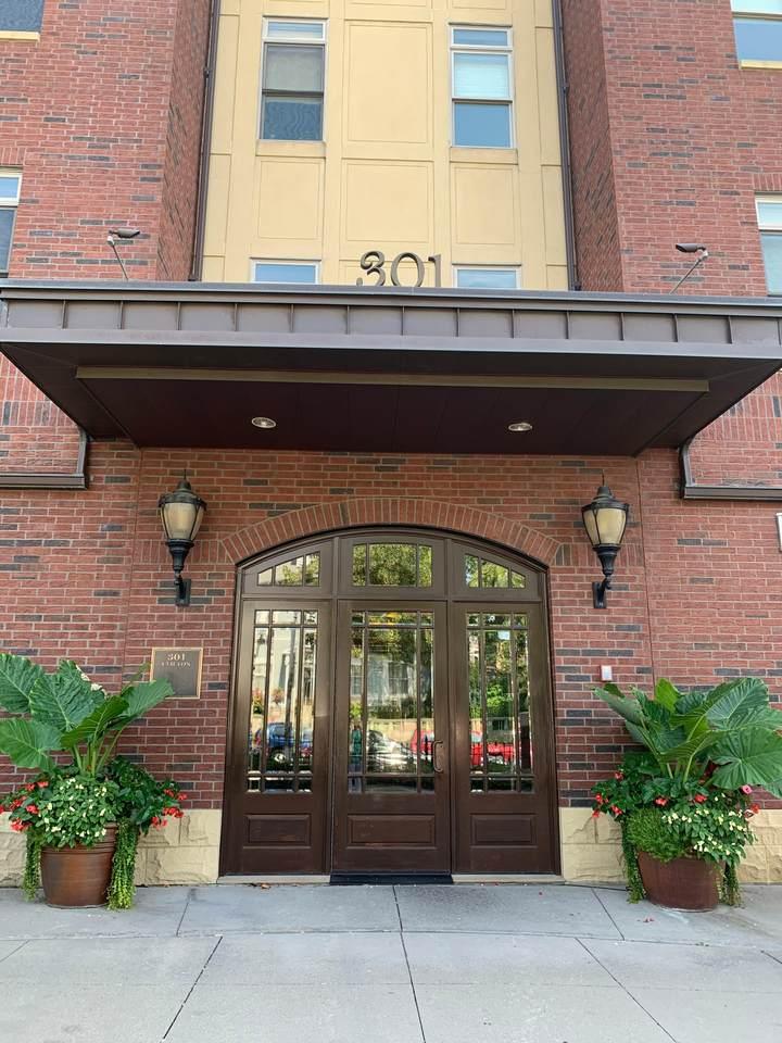 301 Clifton Avenue - Photo 1