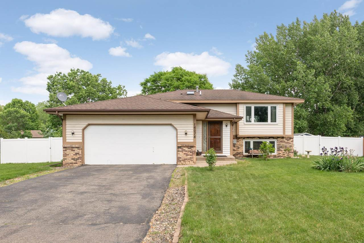16078 Excelsior Drive - Photo 1