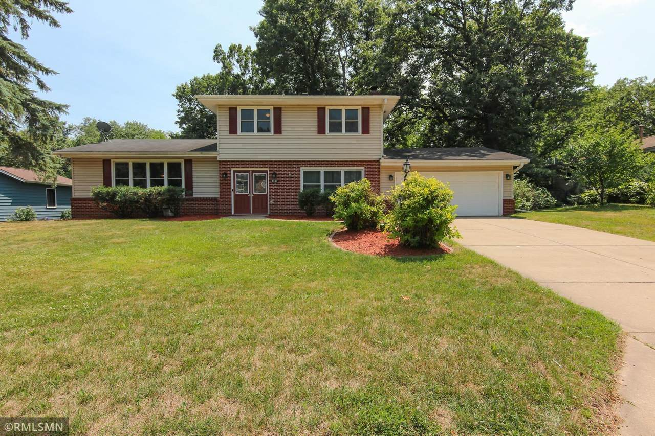 7217 Courtly Road - Photo 1