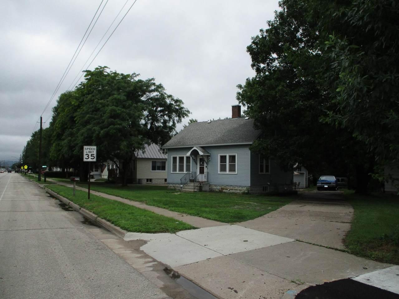 4548 6th Street - Photo 1