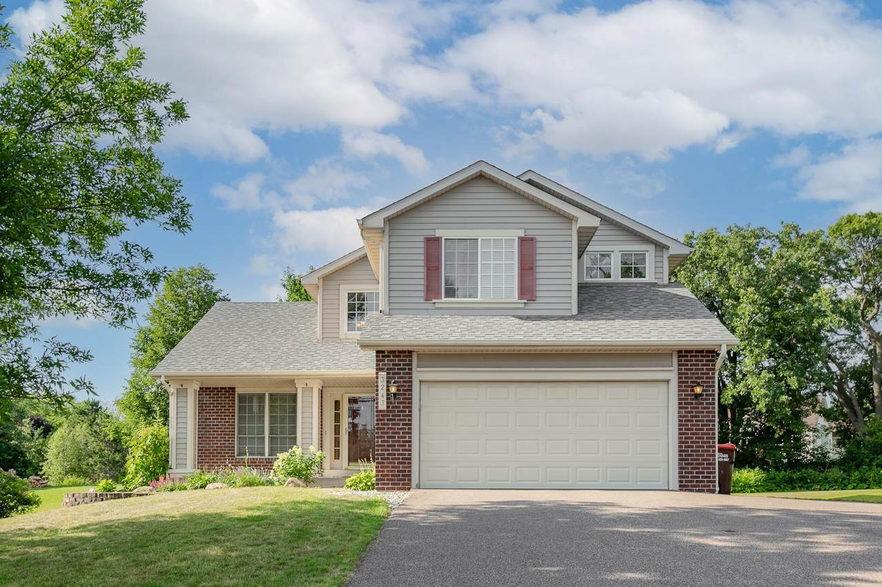 3243 Meadow Brook Place - Photo 1